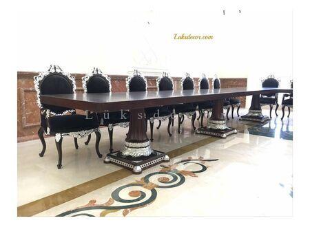 Katar Klasik Toplantı Masaları